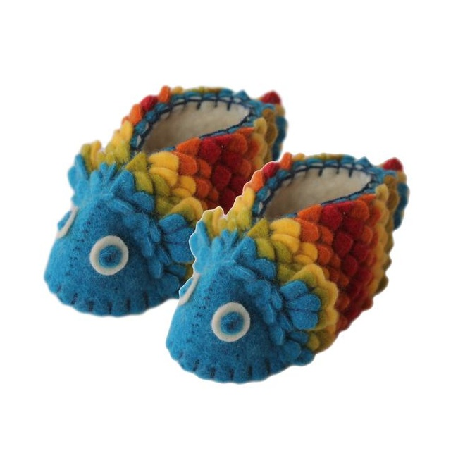 fish-felt-baby-shoes